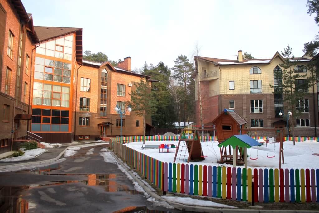 "Новое Рябеево и Вилла ""Скандинавия"". Март 2017"
